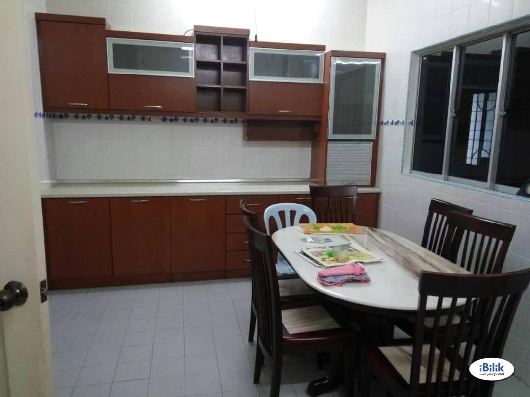 Room at Seremban 2 Bilik with air-con and Furnished Seremban