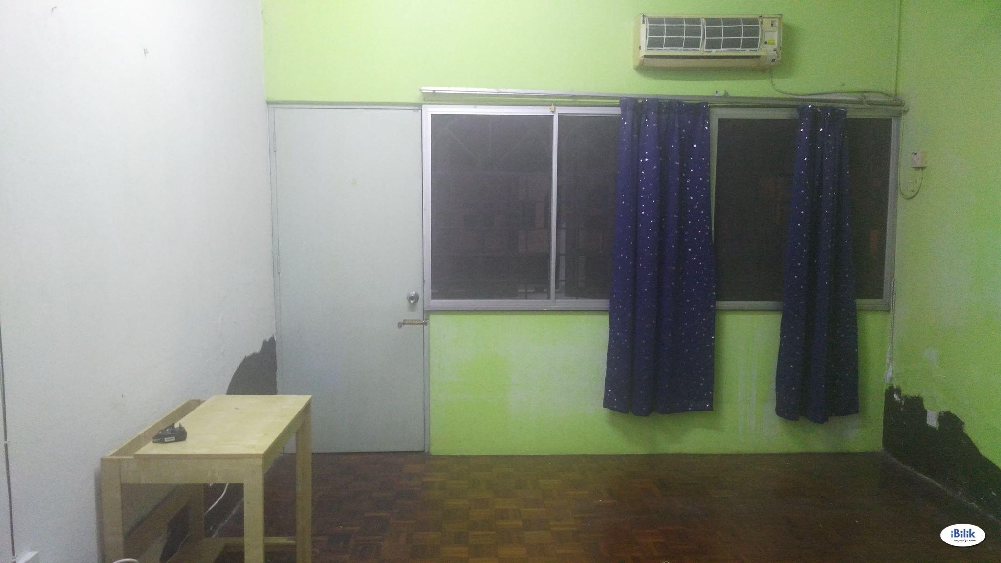 Master Room at Seri Kembangan, Selangor