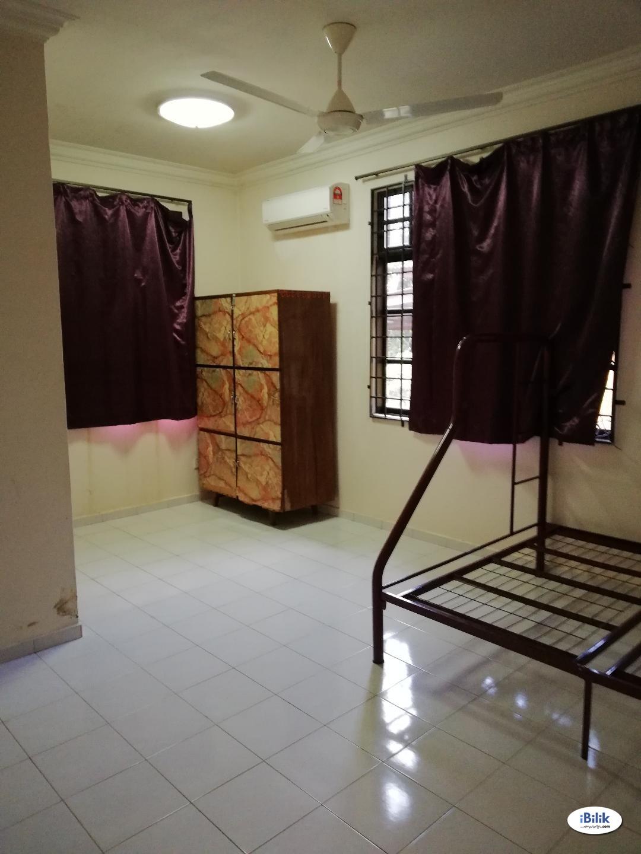 Master Room at Bukit Katil, Melaka