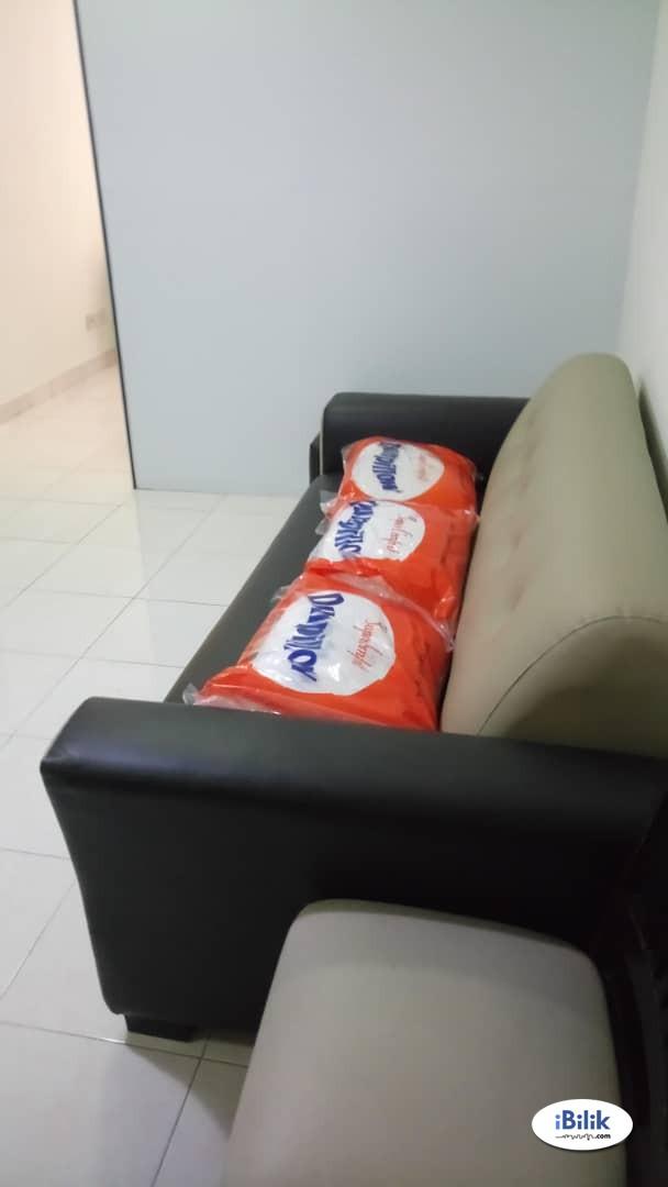Middle Room at e-Tiara, Subang Jaya