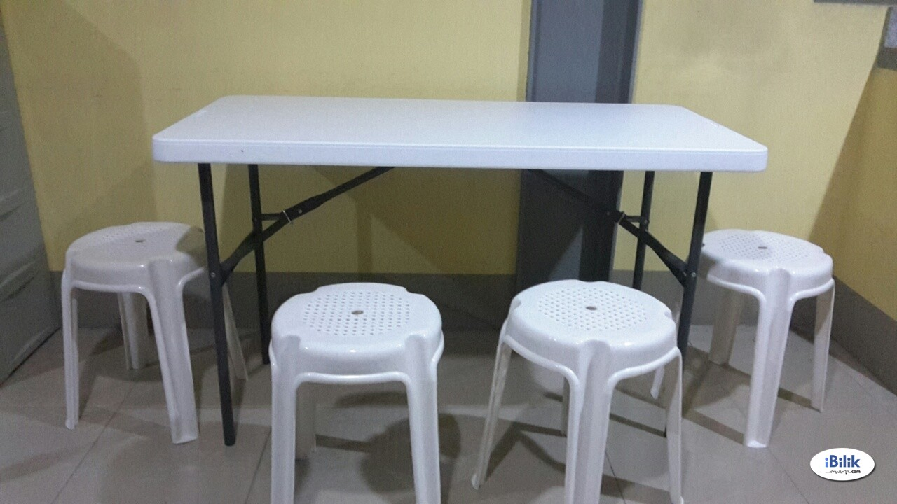 female bedspace near BGC, Makati with aircon (move in ready)