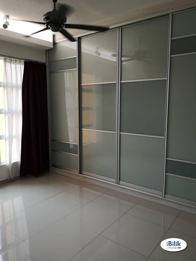 Middle Room at The Zest, Bandar Kinrara