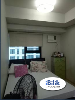 Female condo share in BGC (Full-furnished w/ wifi at The Fort Residences)