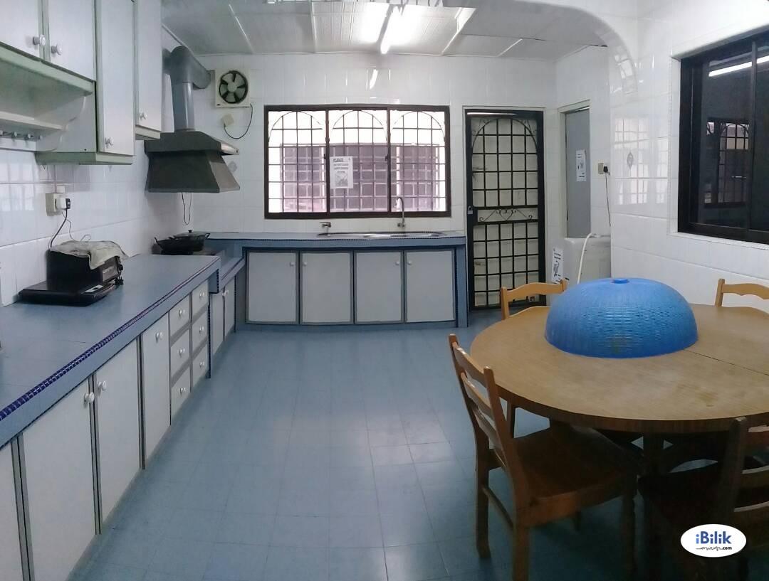 100MBPS WIFI Middle Room At USJ 18  , UEP Subang Jaya