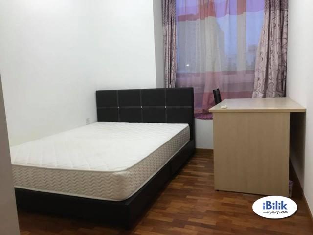 Middle Room at USJ 11, UEP Subang Jaya  & WIFI 100MBPS