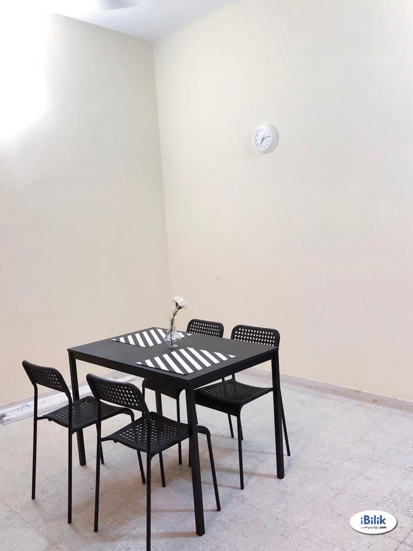 Small Single Bedroom near MRT, EY, Menara Millennium, DC Mall & Bangsar, Kuala Lumpur