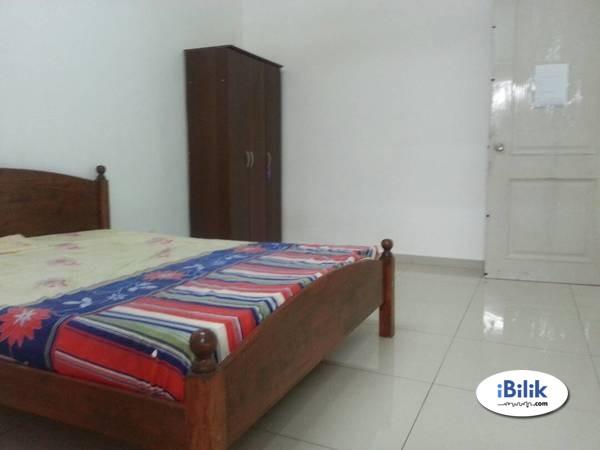 Middle Room At Taman Serdang Jaya , Seri Kembangan - One South, Bukit Jalil