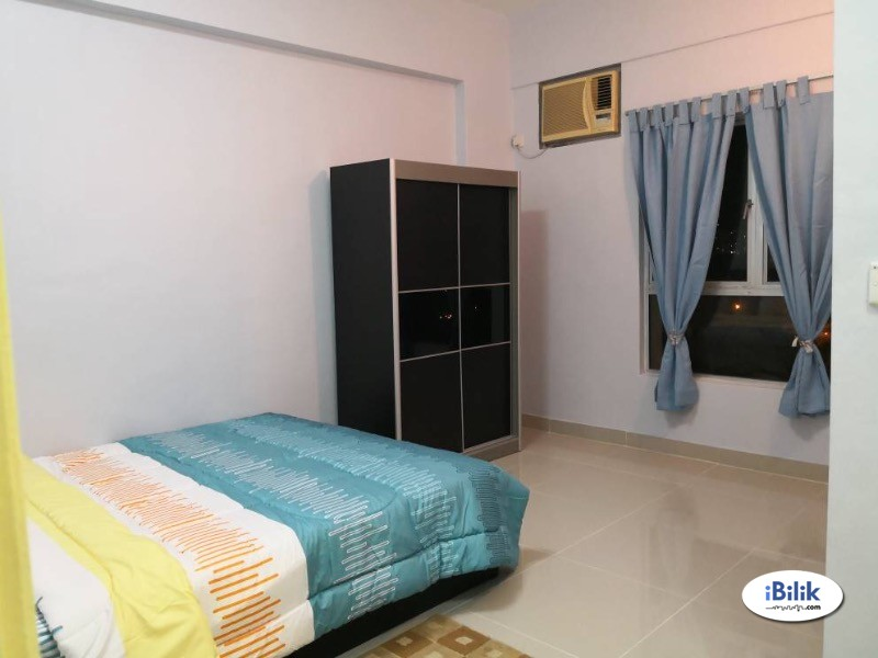 Middle Room at Bukit Jalil, Kuala Lumpur (Weekly Cleaning)