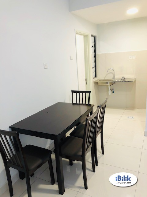 Single Room at Zeva 3 Elements Galleria Sfera Springville Serdang Seri Kembangan Equine Park, Bandar Putra Permai