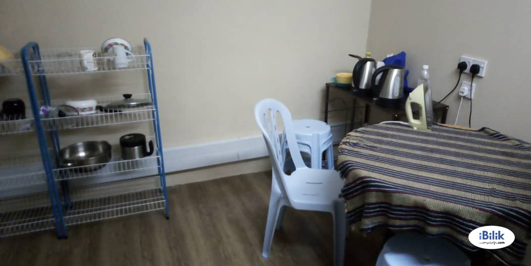 Single Room at Section 17, Petaling Jaya with WI-FI