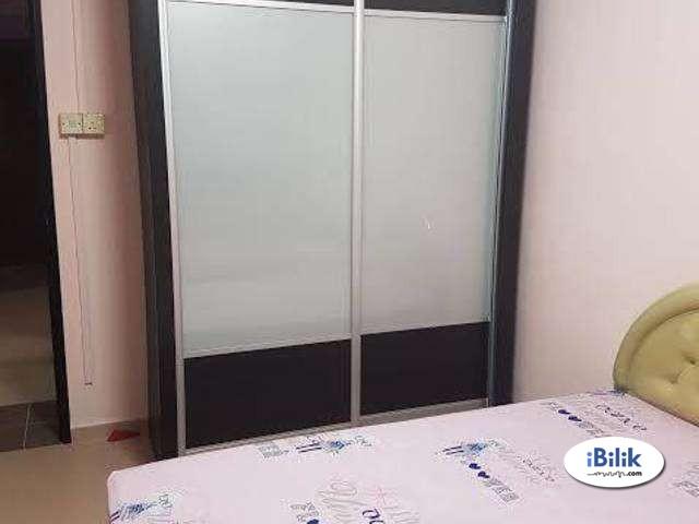 Hot Sales! Middle Room Damansara Jaya, Petaling Jaya With Wifi Walking distance Kdu College, Atria SHopping Centre