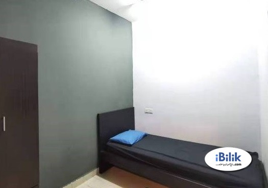 Single Room at Section 17, Petaling Jaya With Wifi