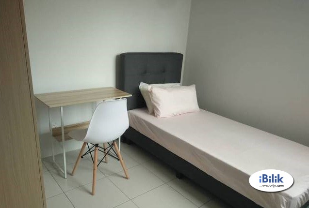 Single Room At SS23 Taman SEA, Kelana Jaya With WiFi