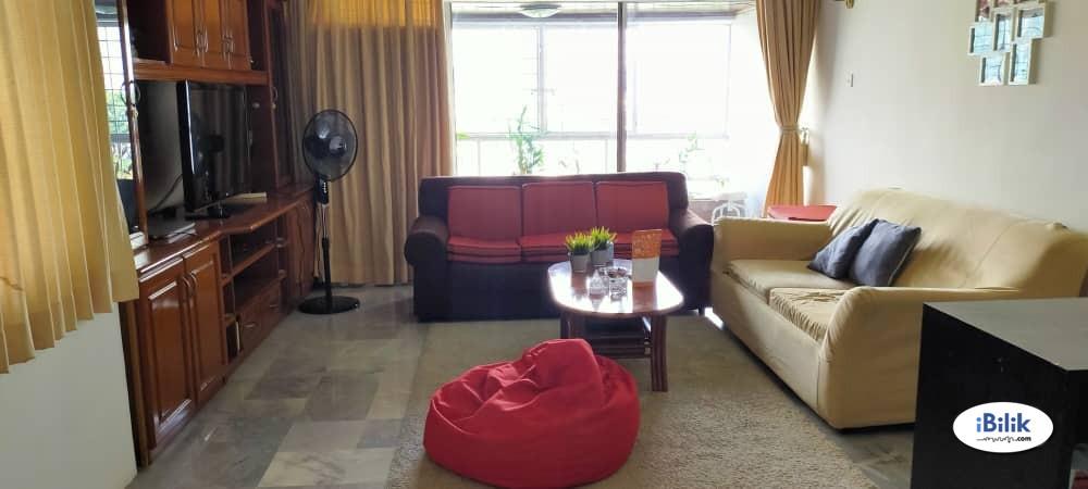 Middle Room at Menara Bangsar, Bangsar