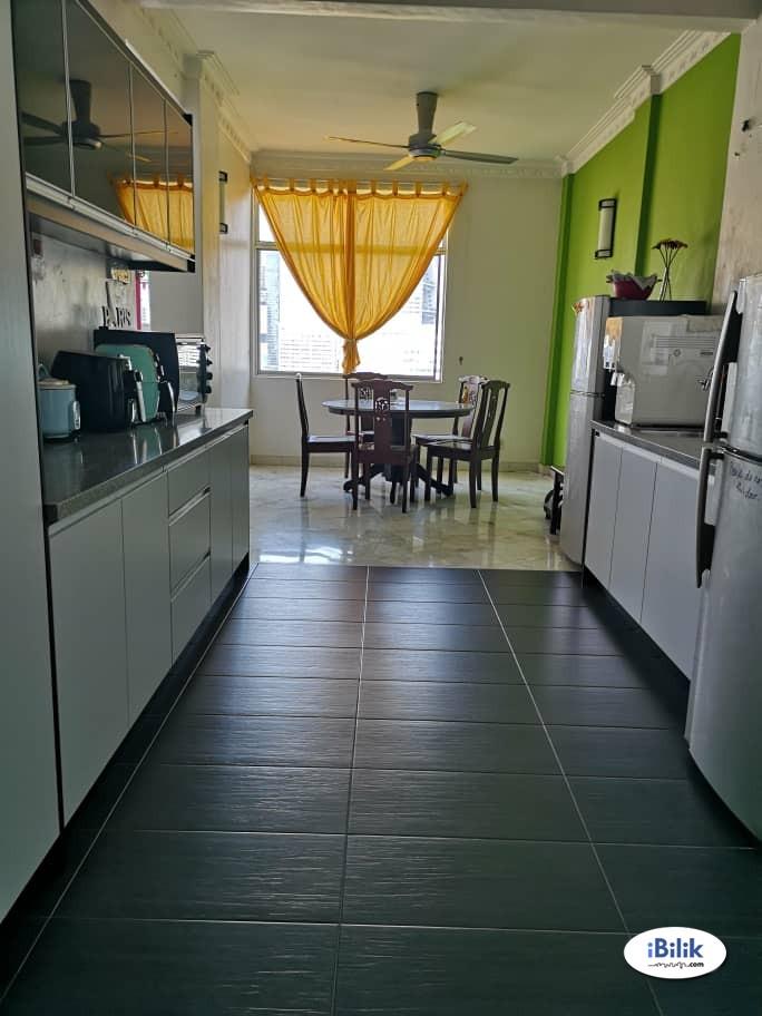 Single Room at Pantai Towers Bangsar, Kuala Lumpur