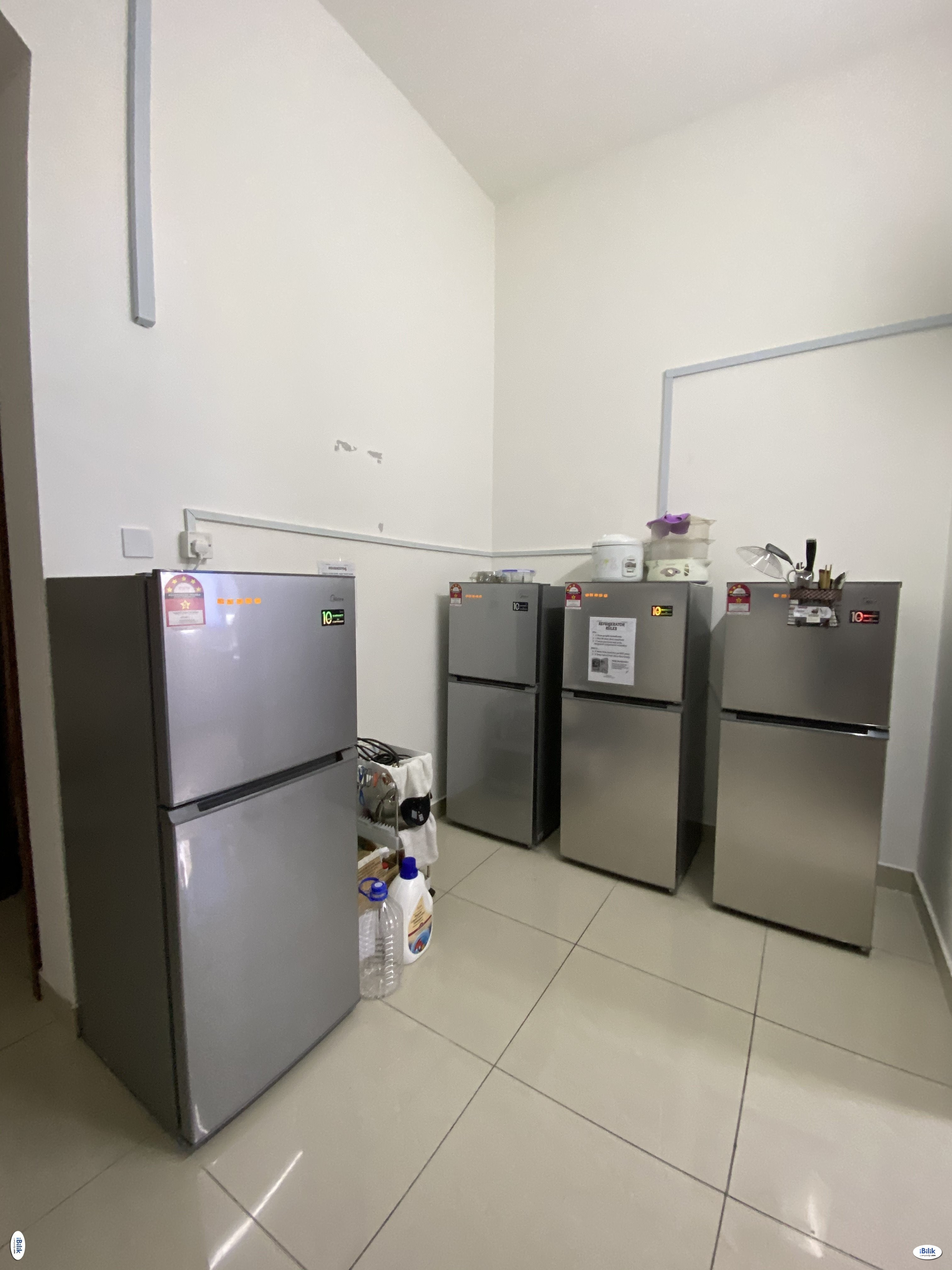 Limited Unit! Middle Room with Air Condition at SS4D , Kelana Jaya