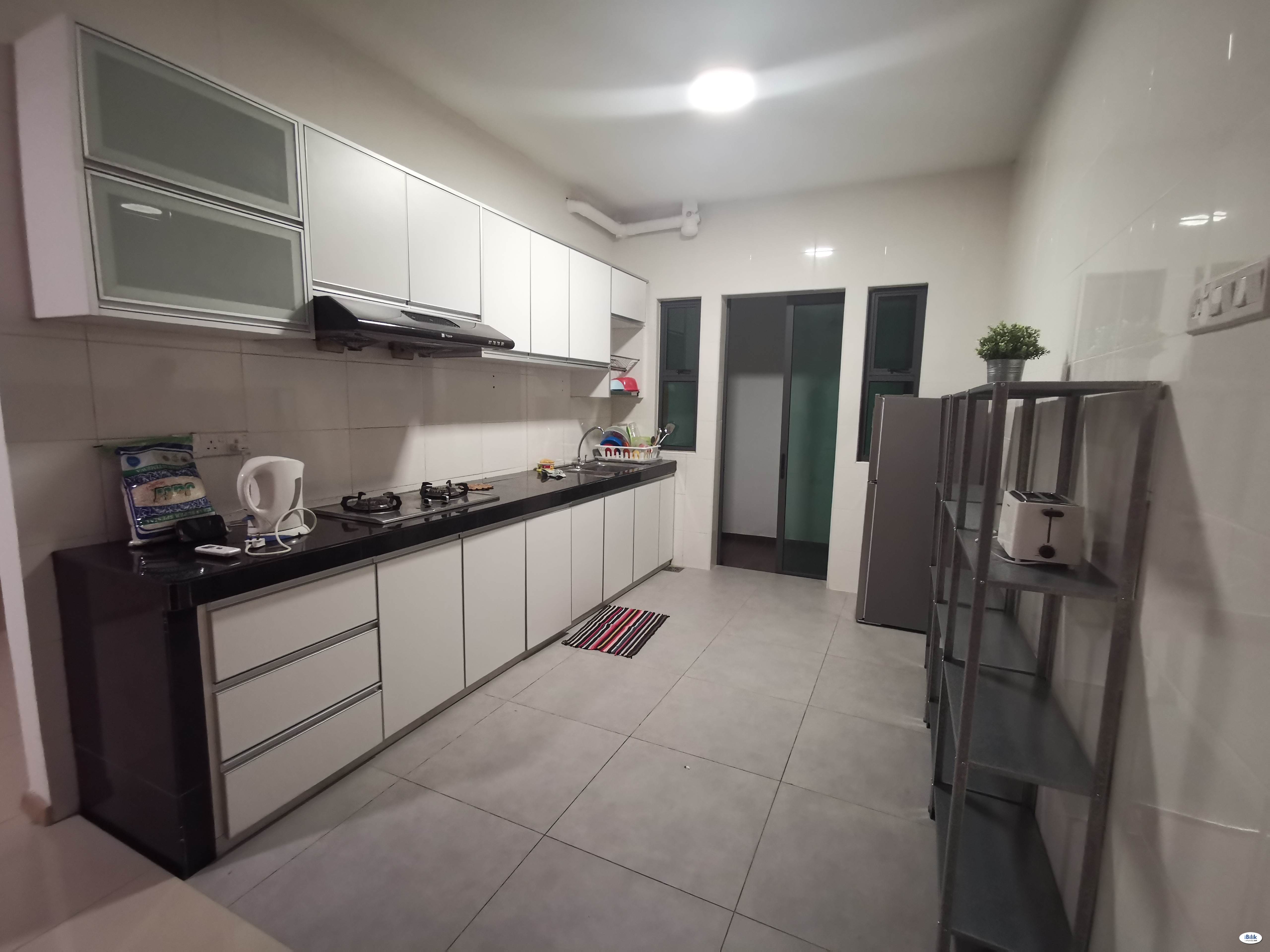 Big Sales for Medium Room at Seksyen 14, Shah Alam