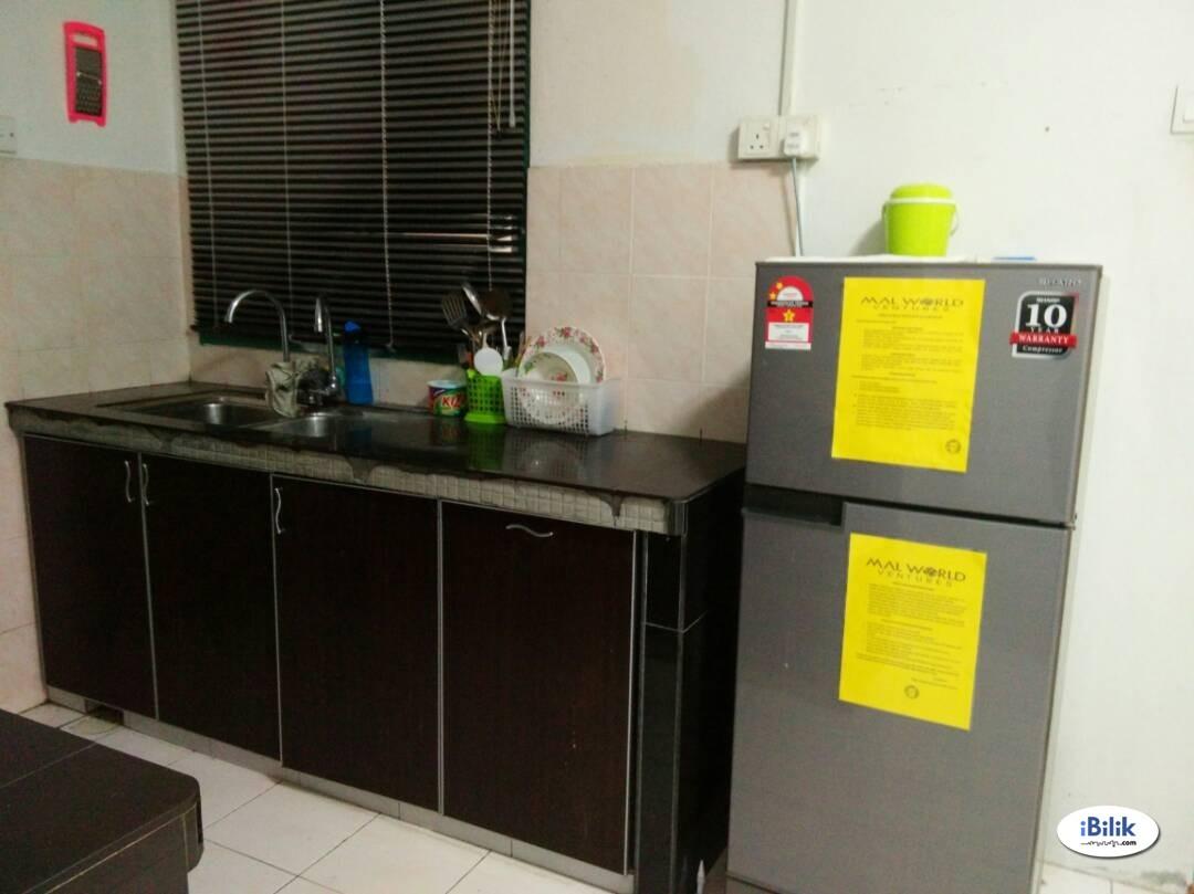 Middle Room at Vista Pinggiran, Bandar Putra Permai