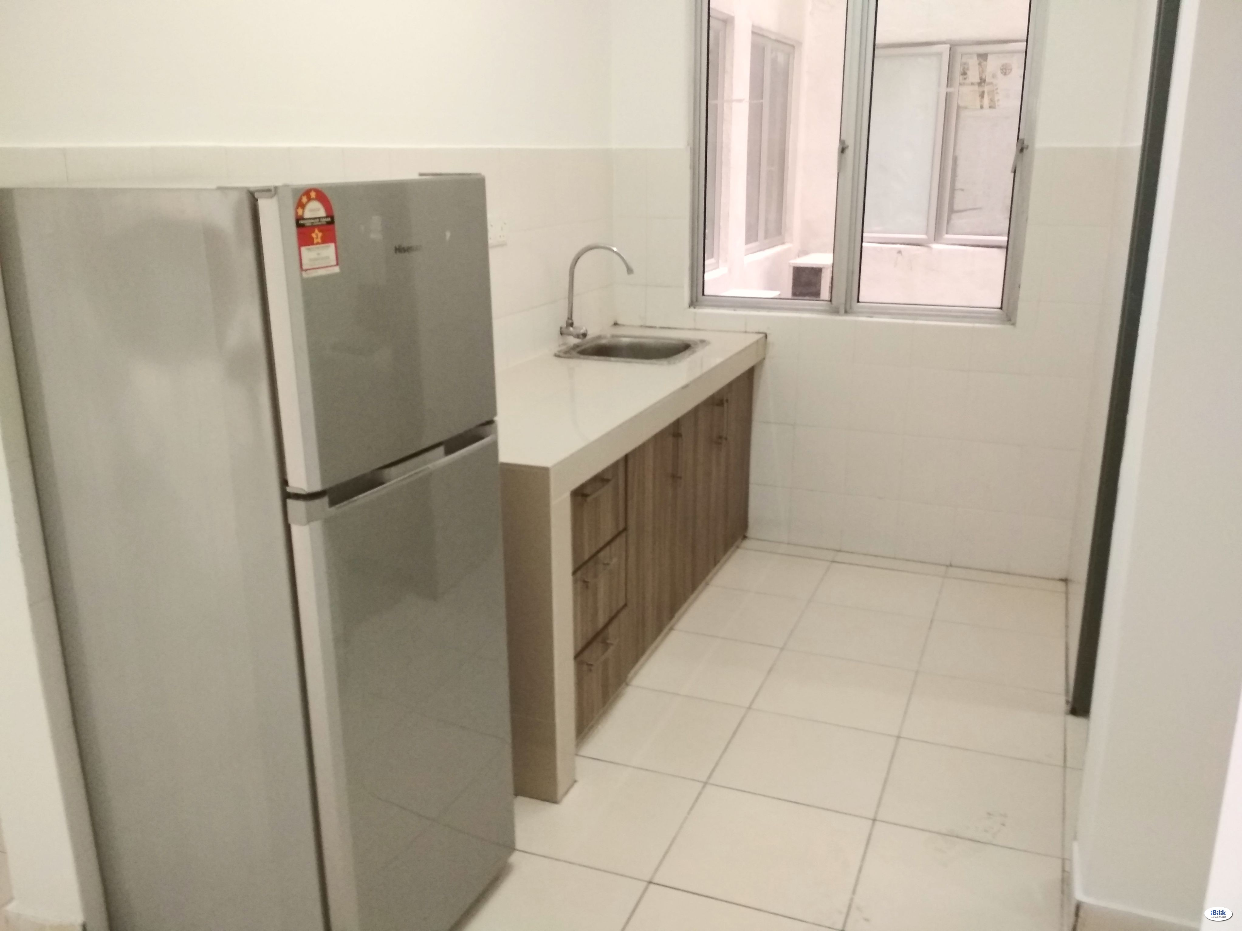 Fully Furnish Private Single Room at Mutiara Residence, Seri Kembangan