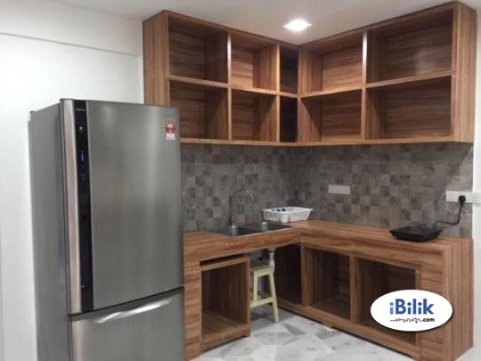 comfortable Fully Furnished Middle Room W Private Attached Bathroom at PJS 9, Bandar Sunway