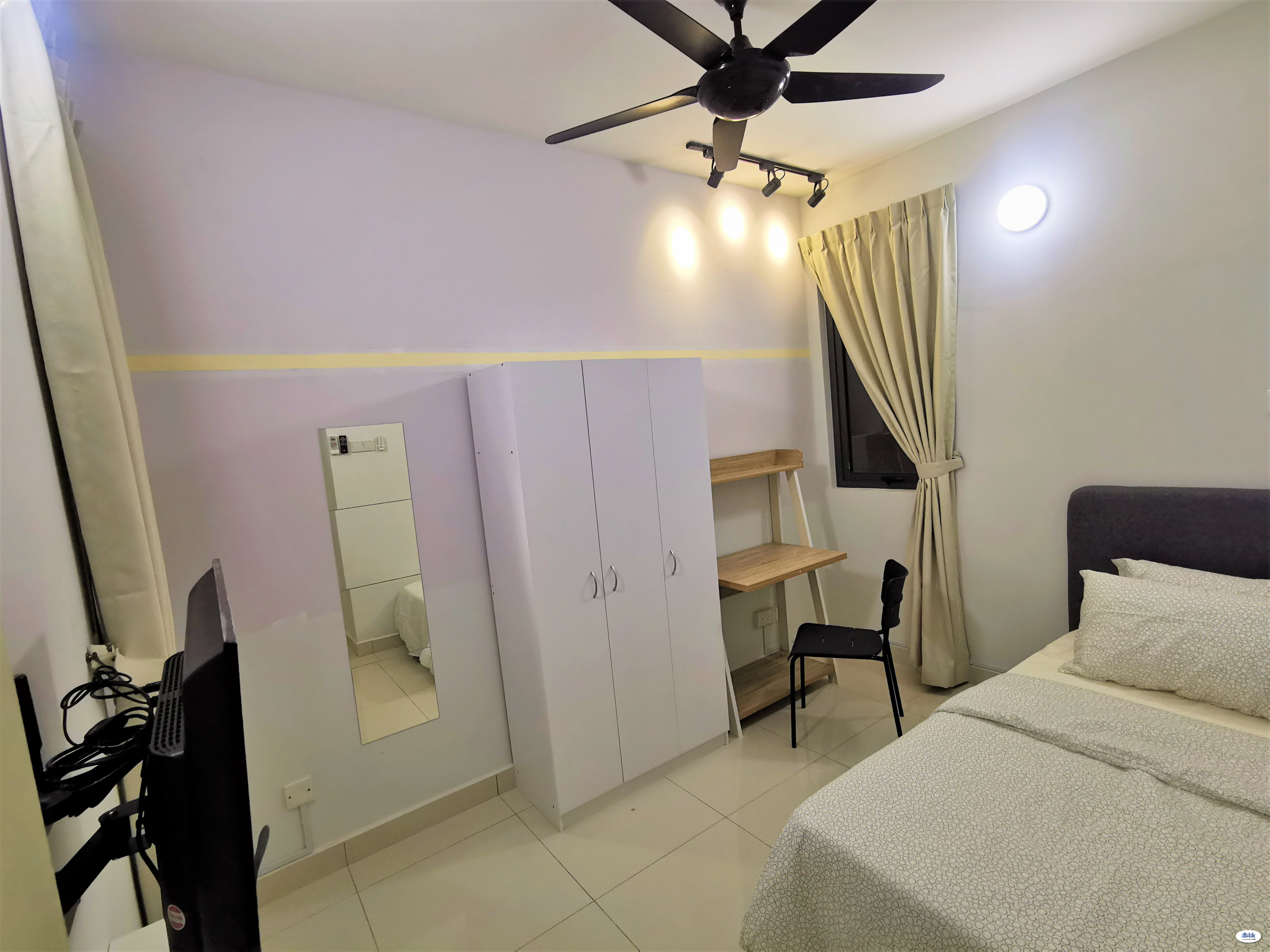 [Clean] Fully Furnished Single Room with FREE housekeeping, wifi