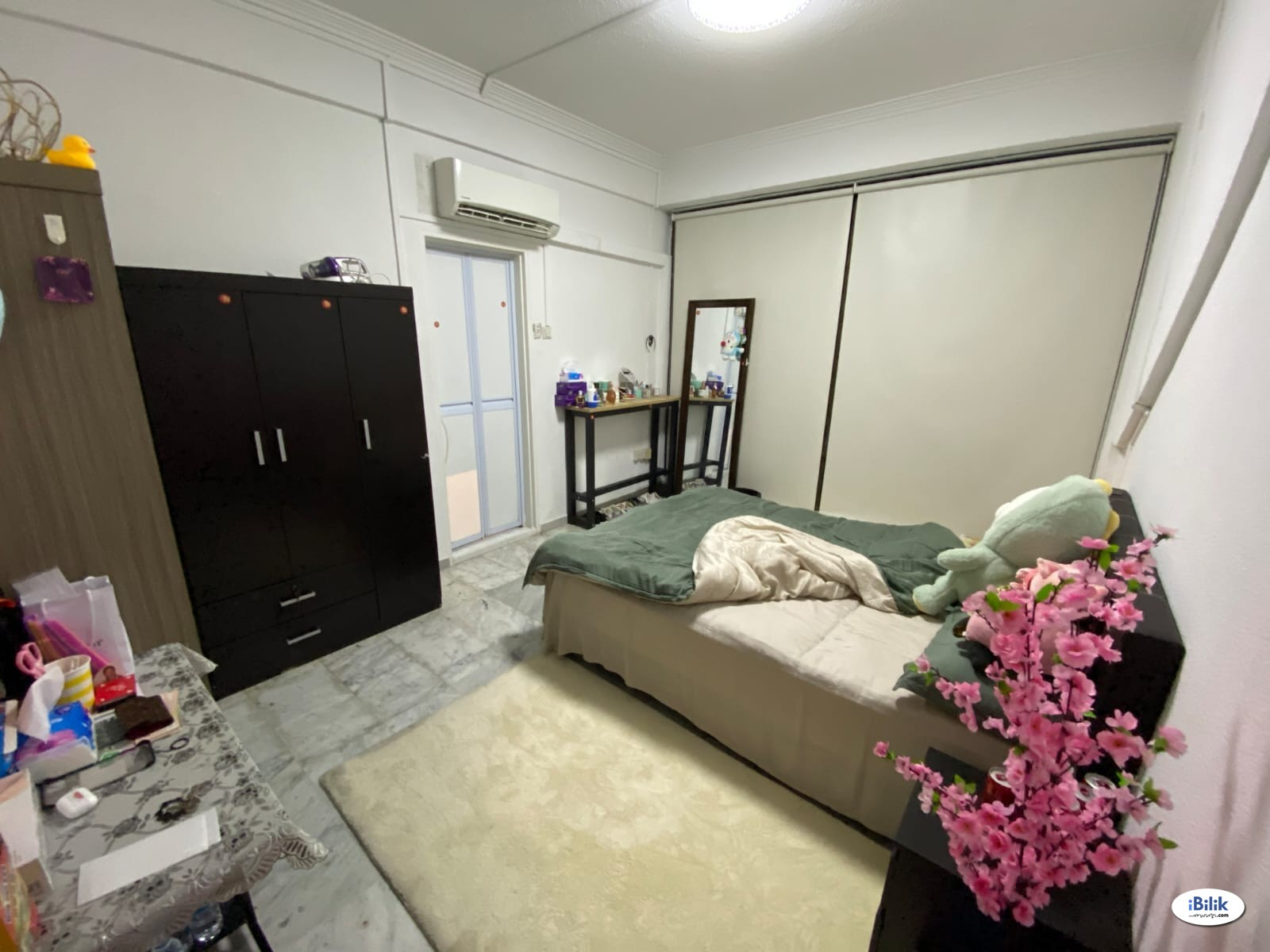 Furnished Master Room near Beauty World MRT (DT Line)