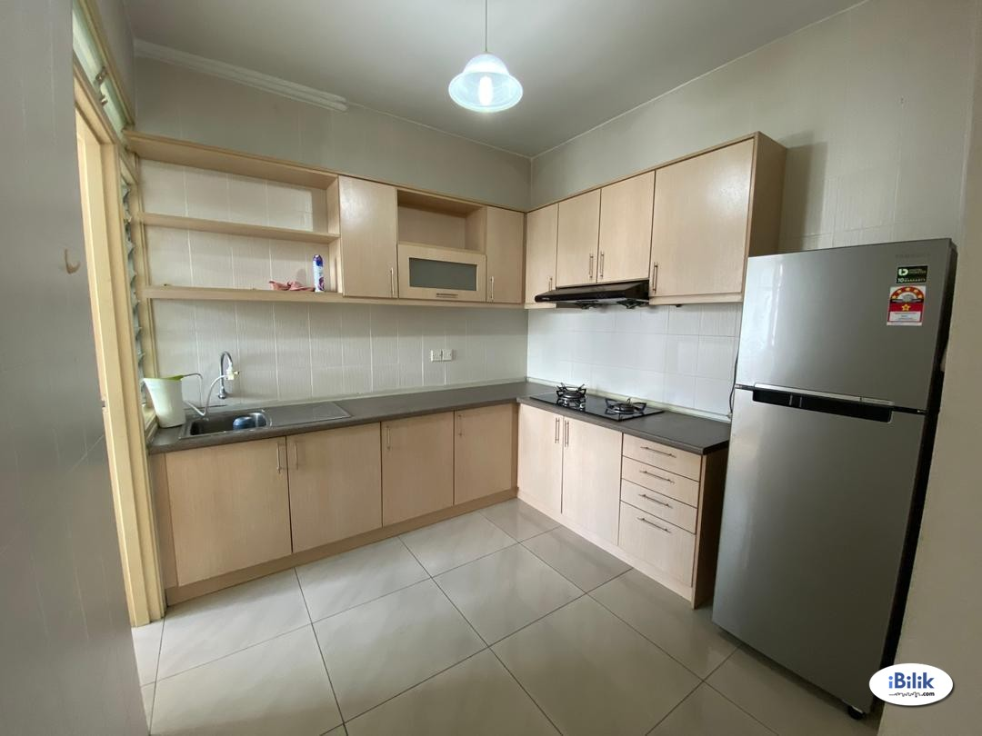 Spacious room include utilities for female