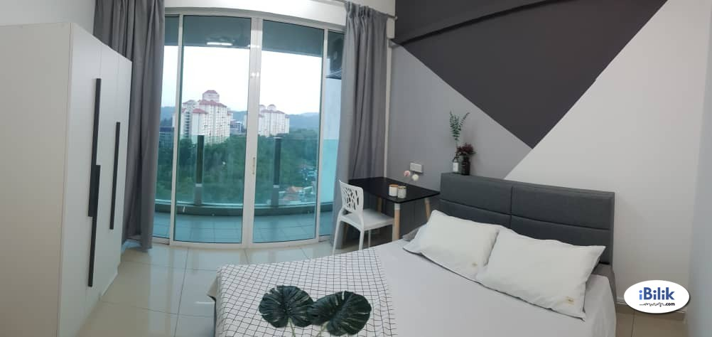Luxury Balcony Room at The Zest BK9, Puchong, beside Bukit Jalil highway
