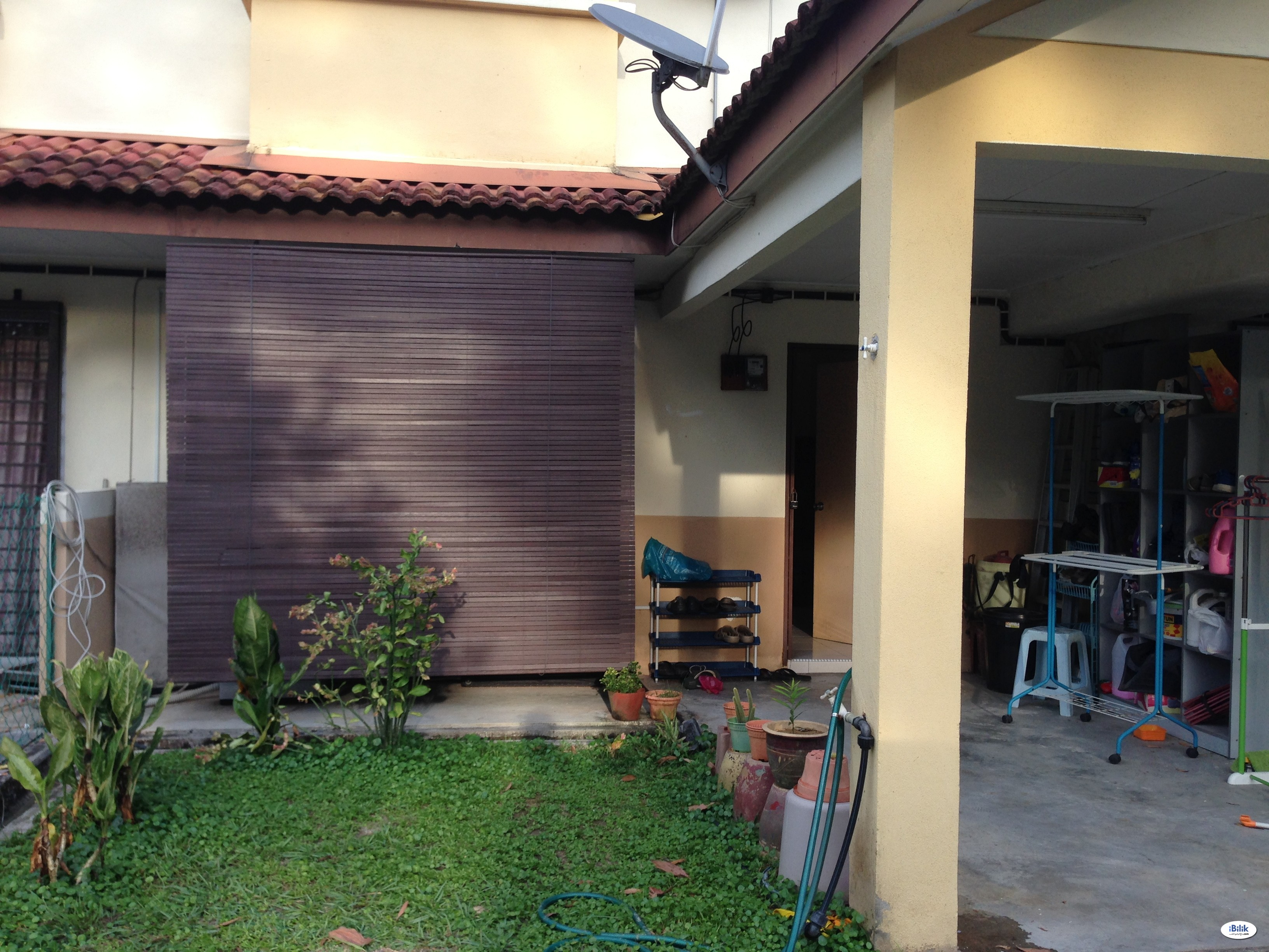 Single Room at Taman Puncak Jalil, Bandar Putra Permai