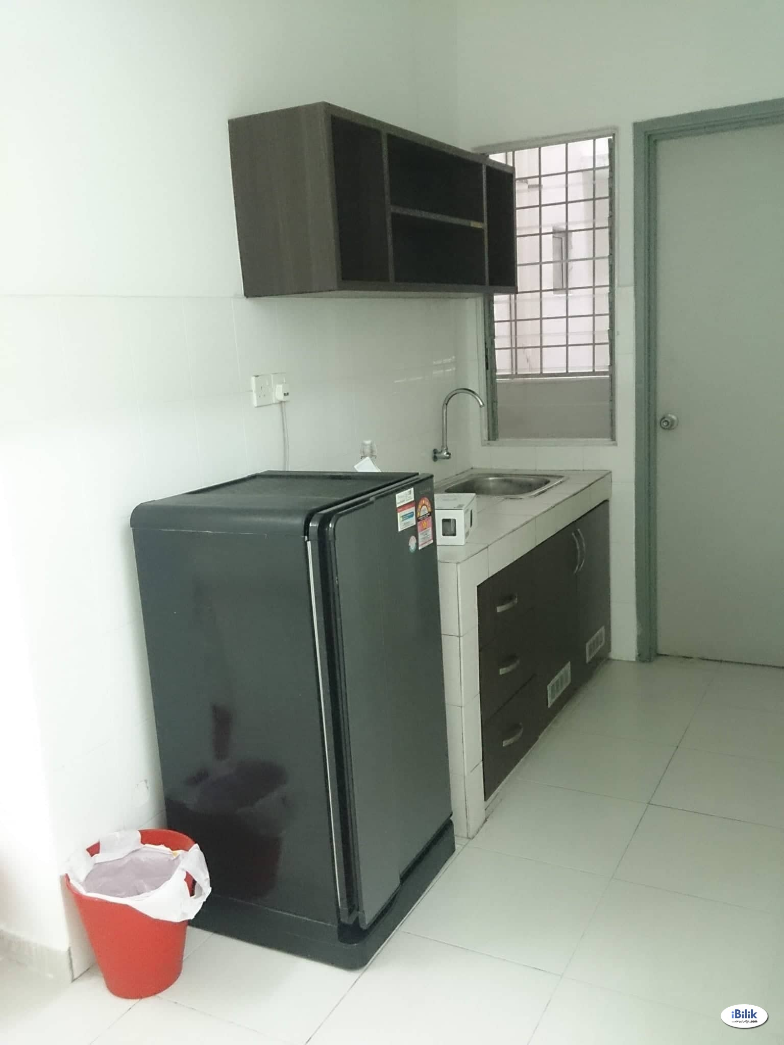 Fully Furnished Master Room with Bathroom at Academia South City (Free Wifi)
