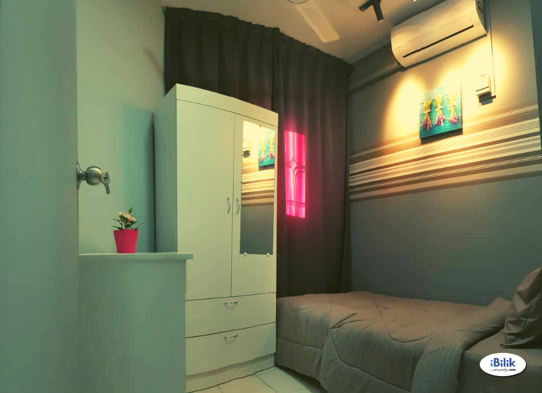 Single Room for Male Fully Furnished FREE wifi