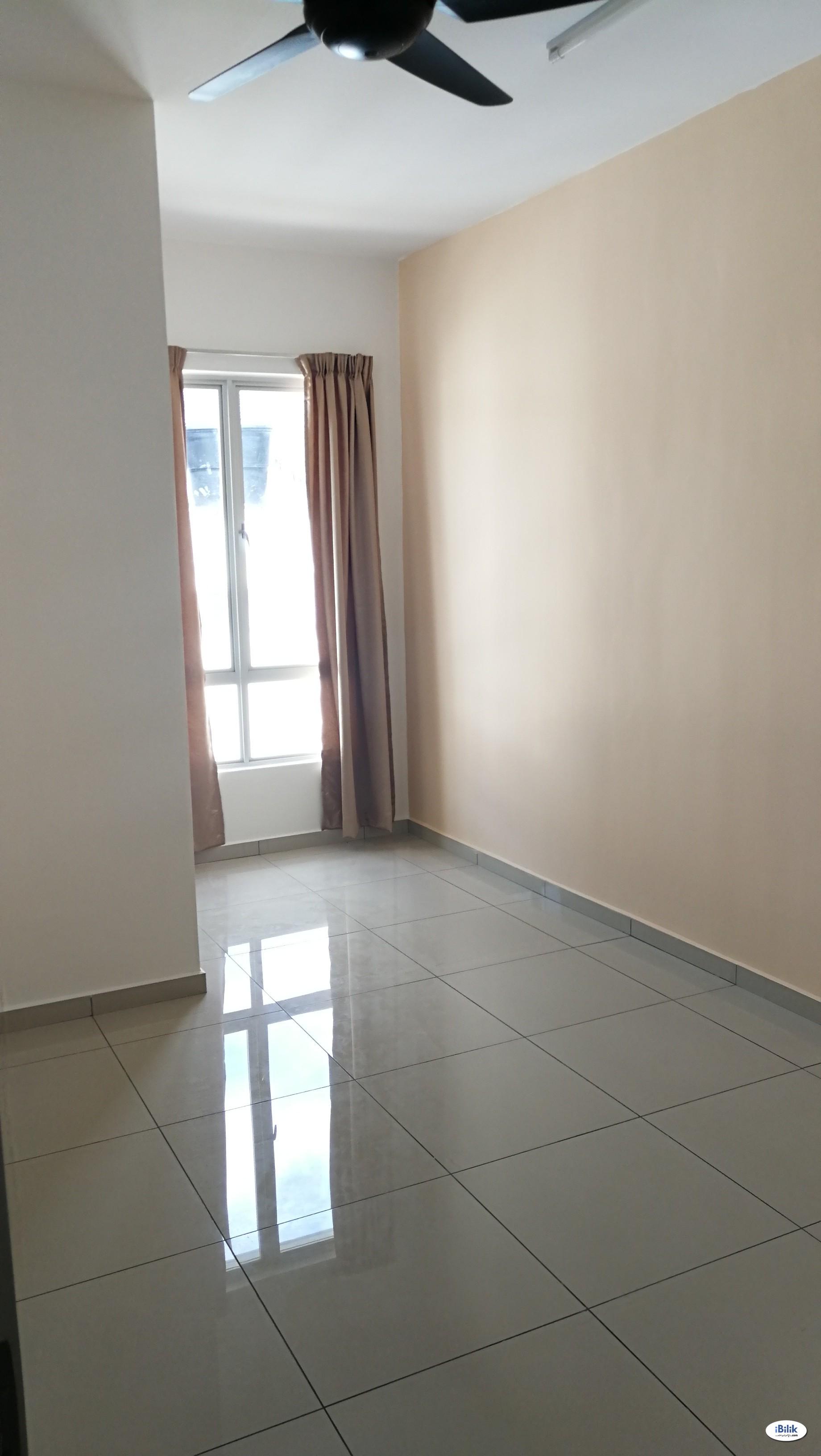 Single Room at Sendayan, Seremban
