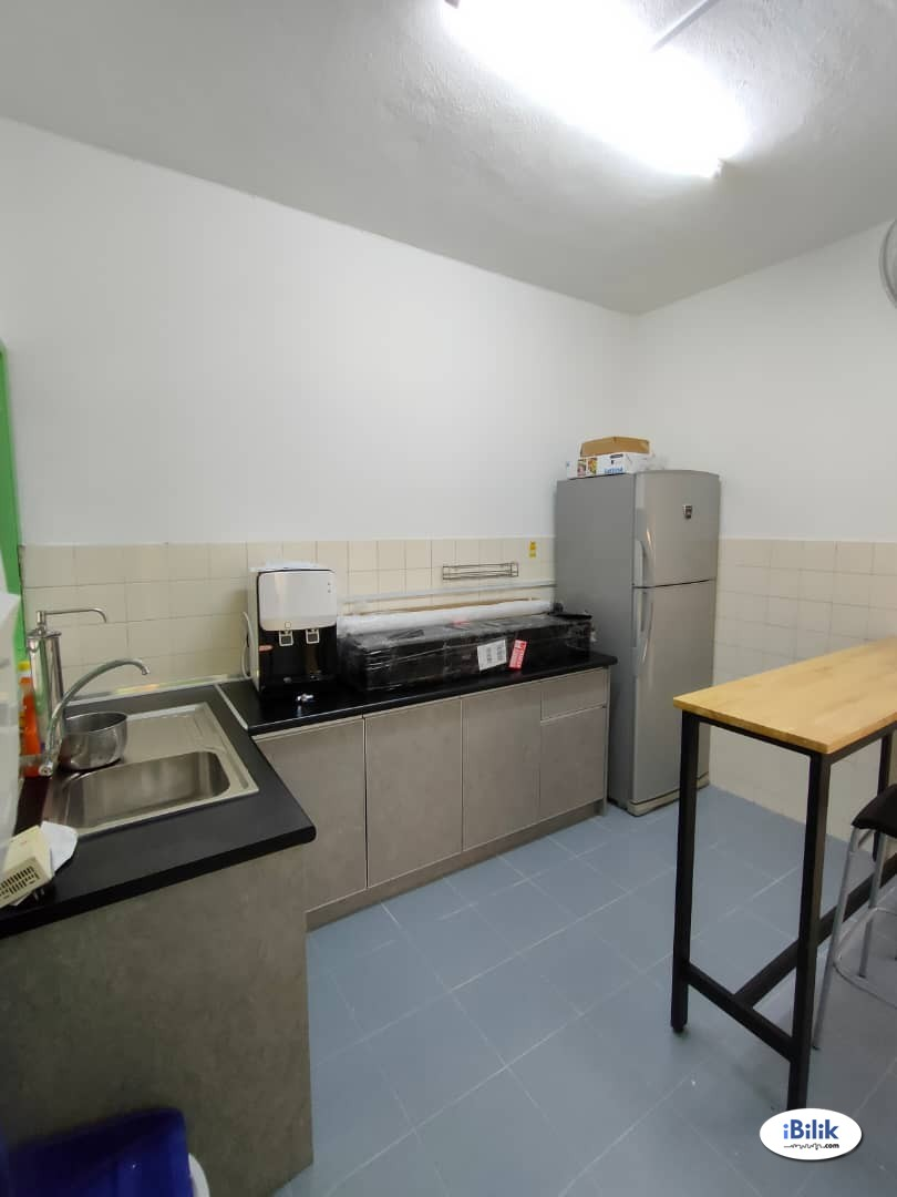 Single Room at USJ 2, UEP Subang Jaya