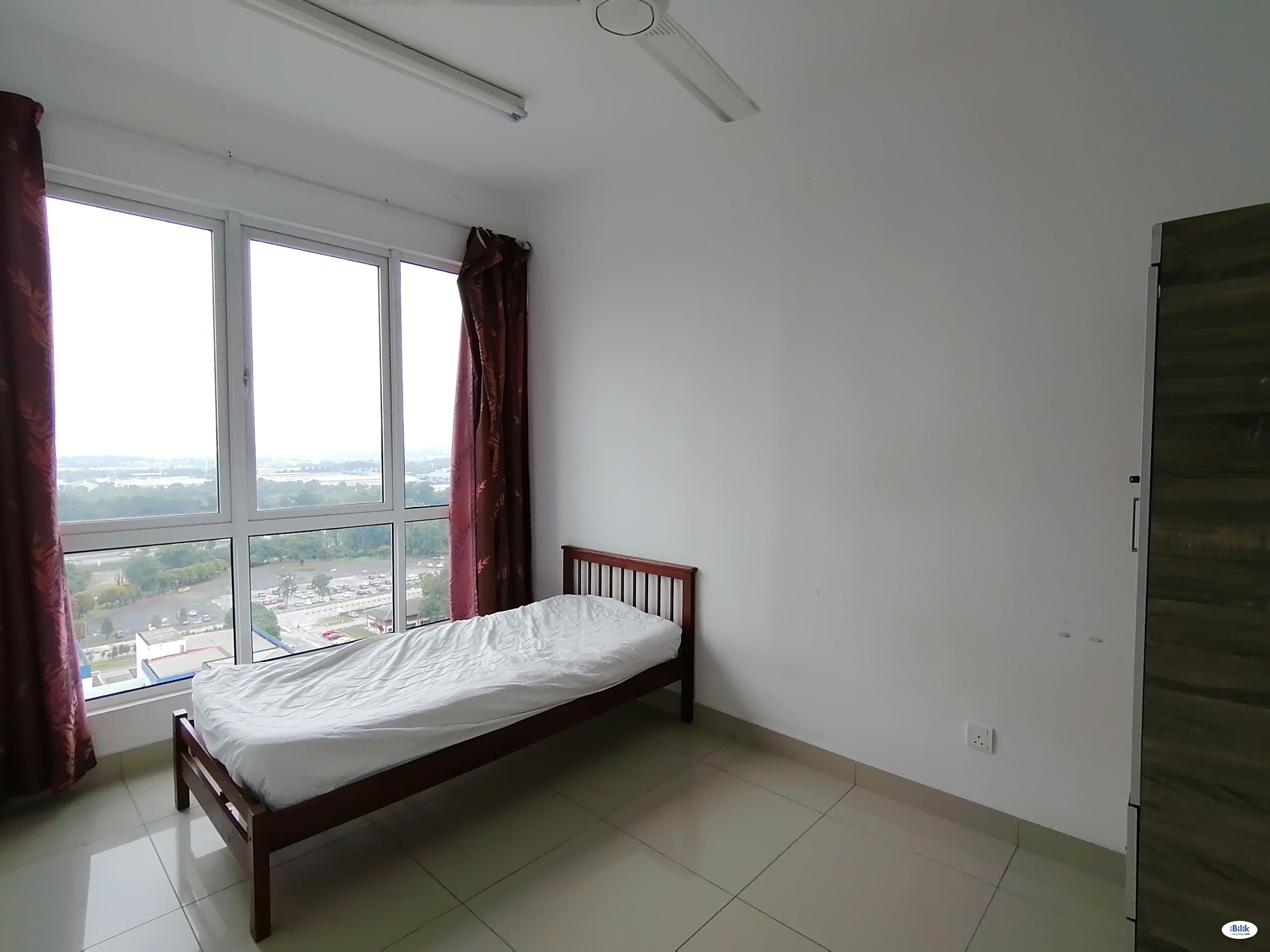 Middle Room at De Centrum, Kajang