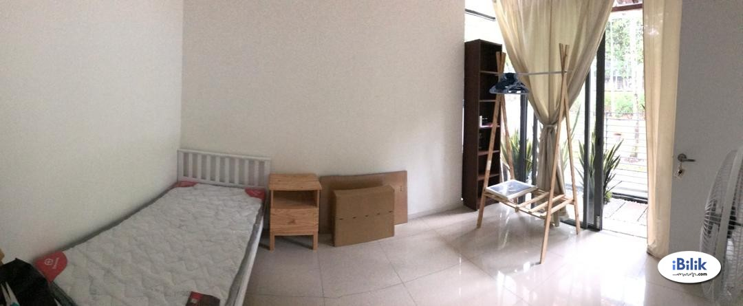 Single Room at SummerGlades, Cyberjaya