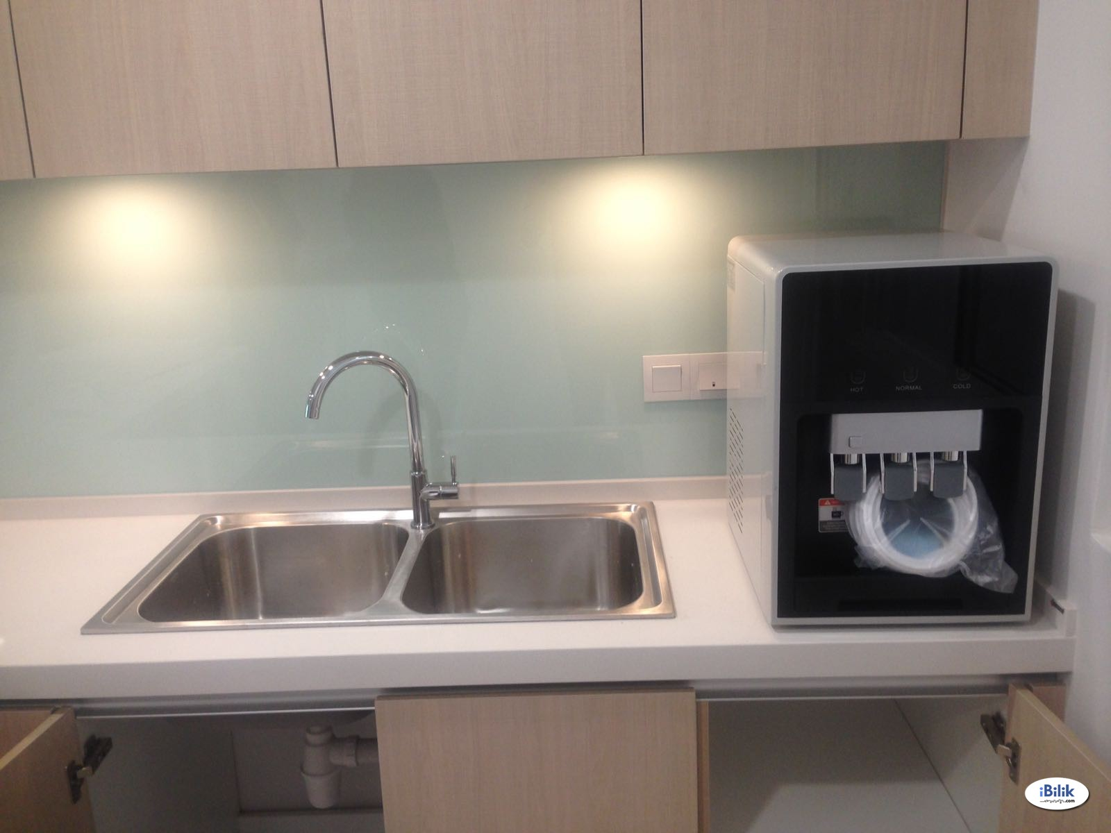 Bandar Utama, Nice & Clean Fully Furnished Room + Private Attached Bathroom (Inclusive Utilities & WiFi)