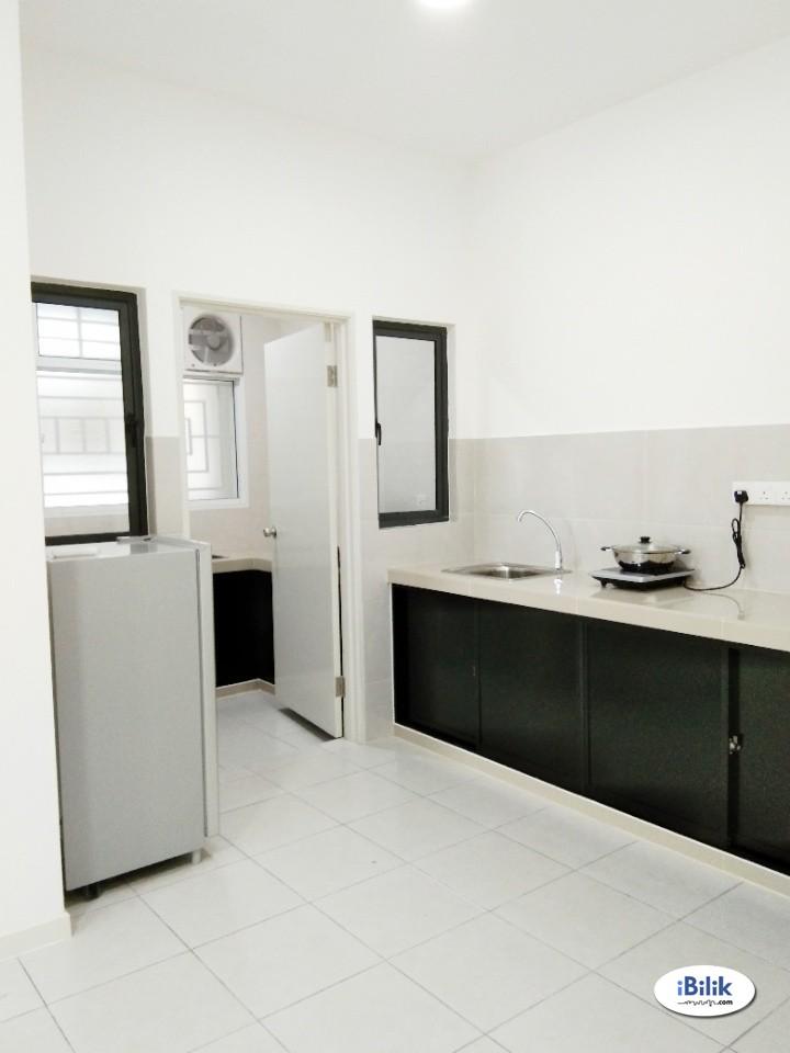 Zero Deposit Direct Owner Room For rent in Bukit Jalil