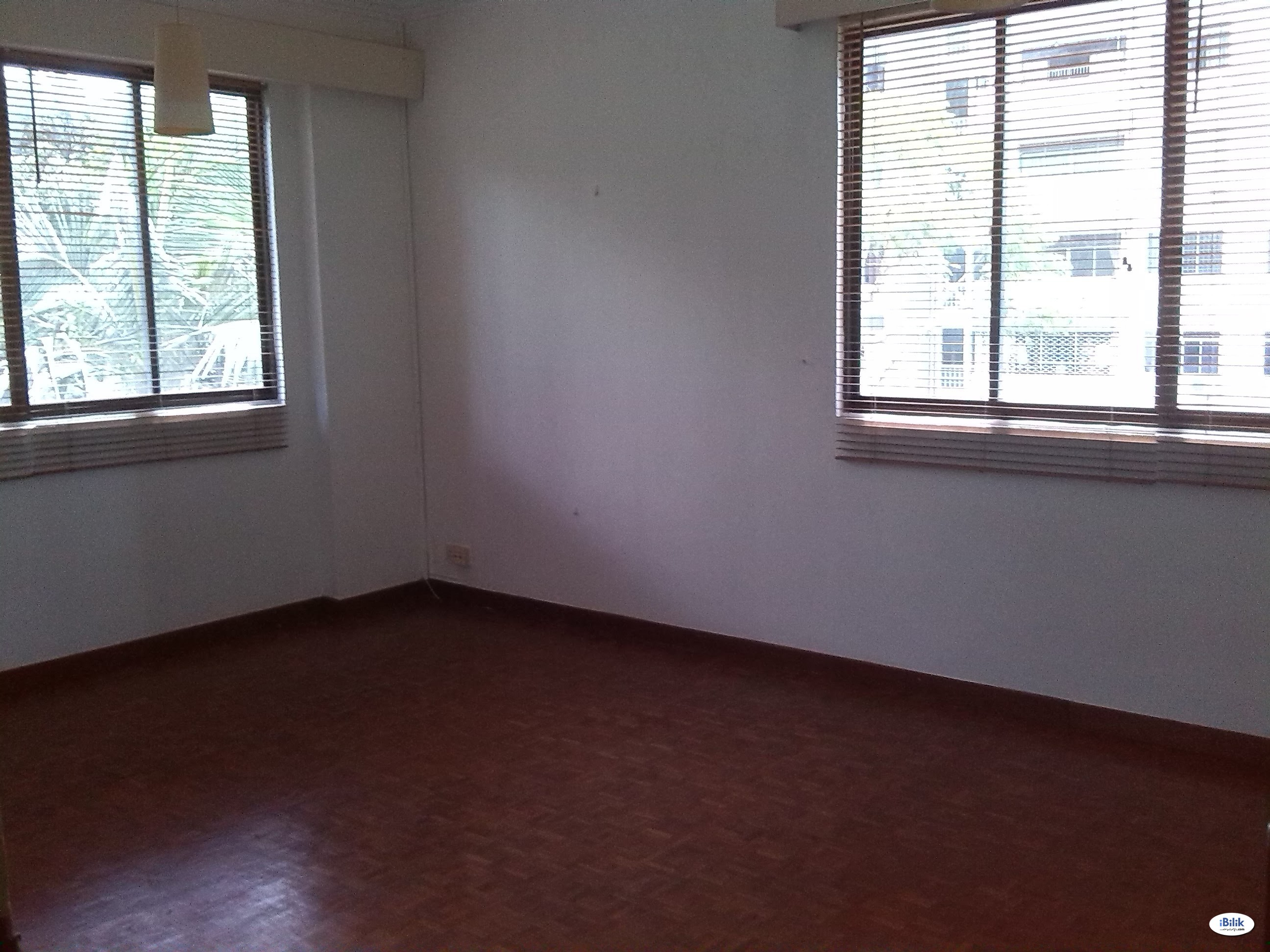 Orchard Road condo master bedroom for ladies