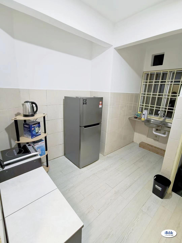 Middle Room at Angkasa Condominiums, Cheras