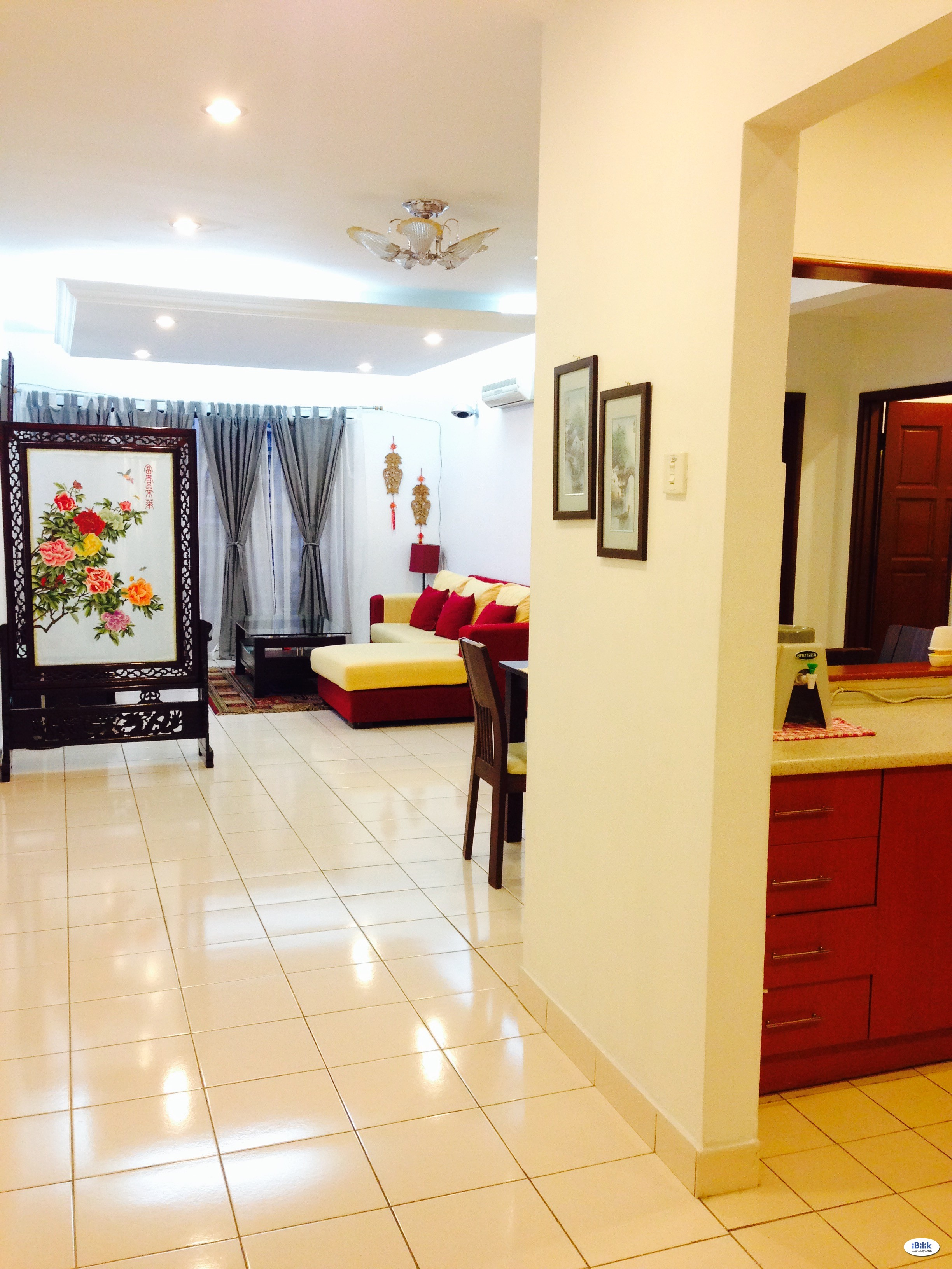 Family Vacation Condo @ Putramas near MITEC