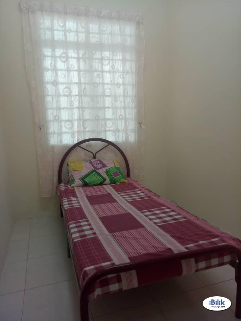 Vacation House at Ayer Tawar, Perak