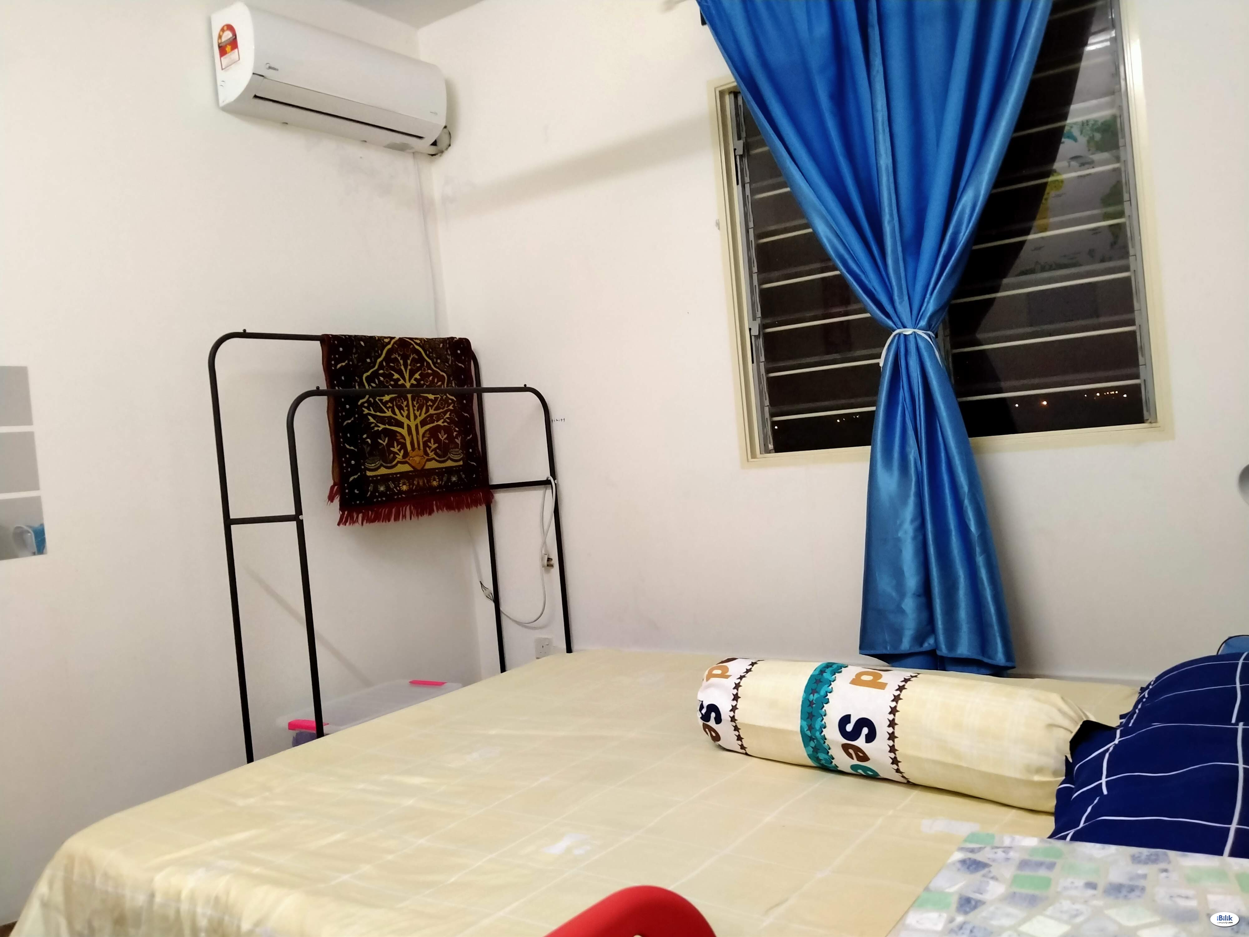 Room - Shared Apartment at Setia Alam, Shah Alam