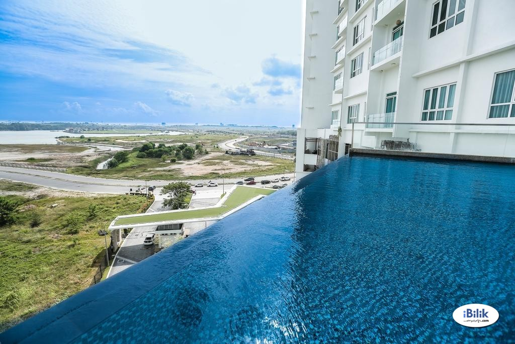 【Middle Room中房】 at Tropez Residences,Danga Bay Free Wifi,Electricity & Water Included免费上网,包水电费(B68B)