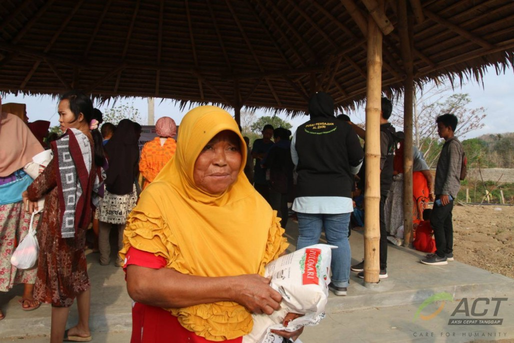 Resti's Story About Surviving the Tsunami' photo
