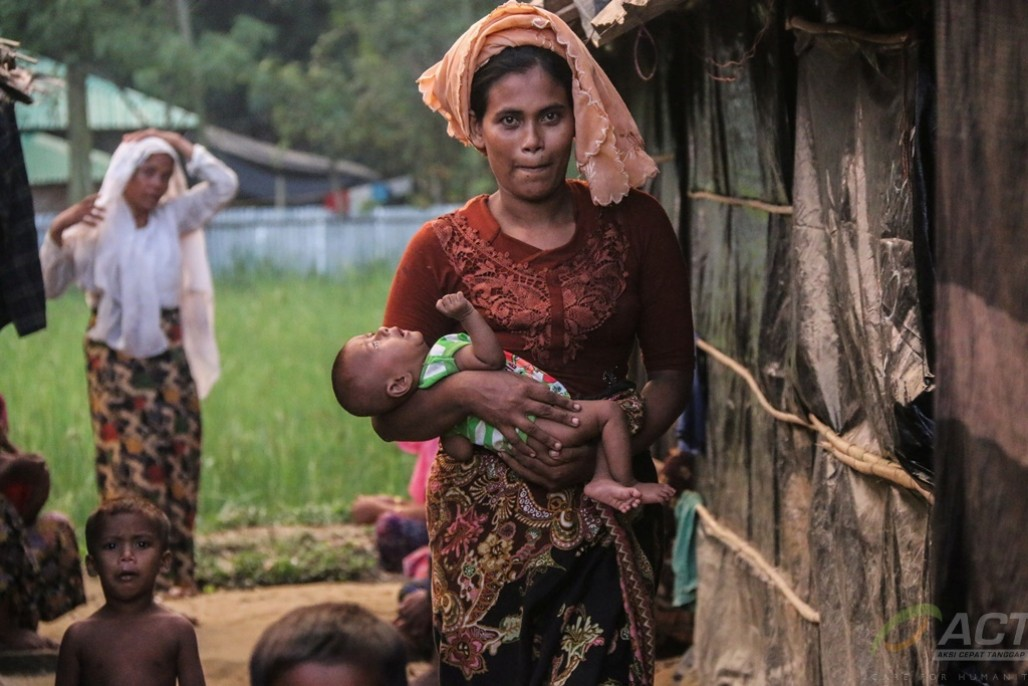Assisting the Rohingyas Living in Isolation' photo