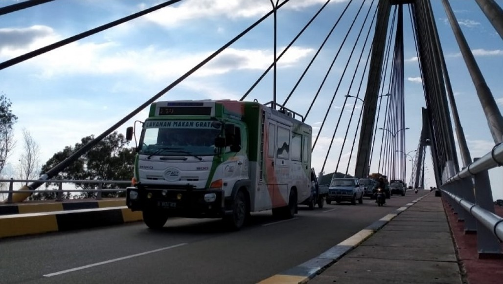 Humanity Food Truck Starts Serving at COVID-19 Emergency Hospital on Galang Island's image