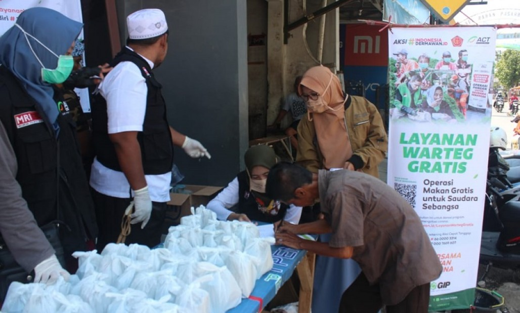 ACT Tegal Continues to Assist Health Workers and Poor People During Pandemic's image