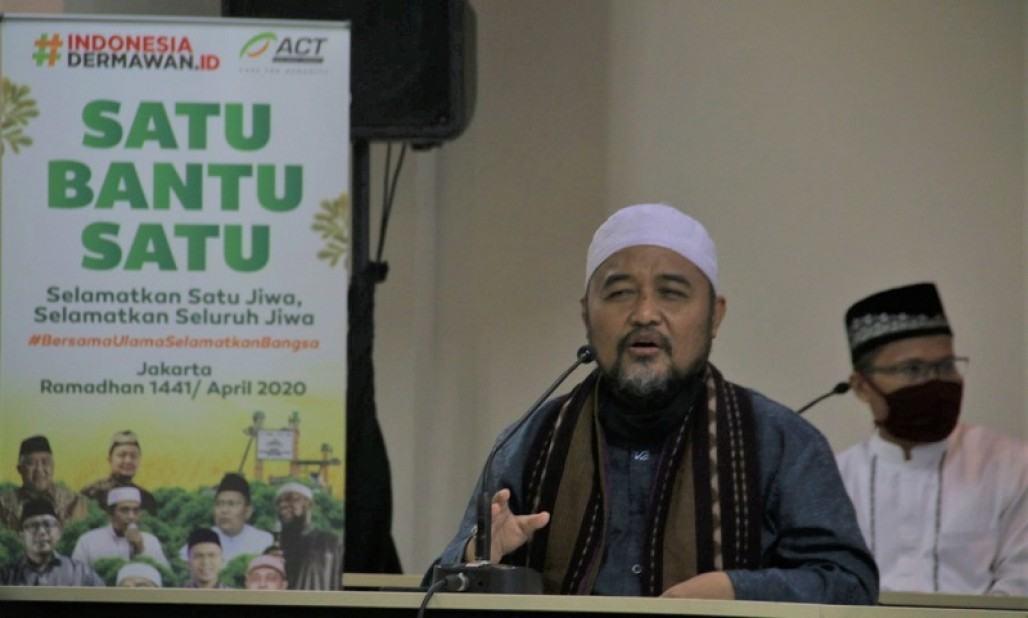 "Indonesian Muslim Scholars and ACT Declare ""One Helps One"" Movement to Overcome COVID-19 Impacts"