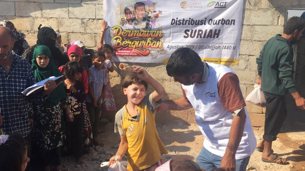 Delivering Quality Qurbani to the Syrian Border' photo