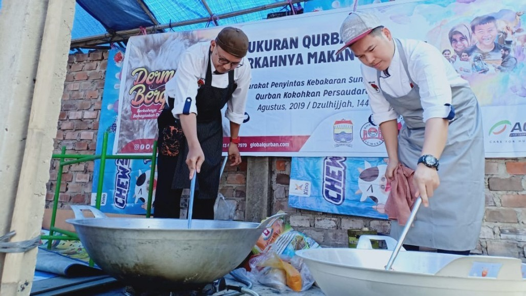 Special Qurbani Dishes Cooked by Best Chefs for Disaster-Hit Areas' photo